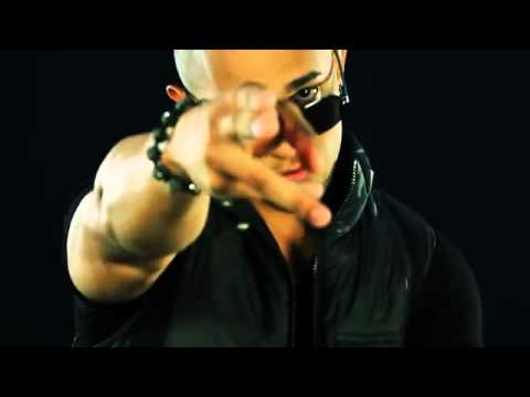 Loco Con Ella (Official Remix) (Official Video)