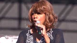 Jennifer Holliday And I Am Telling You I'm Not Going