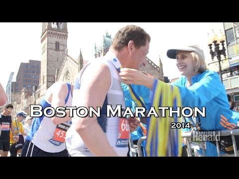 Huge Crowds  Enjoy 2014 Boston Marathon Under Tight Security