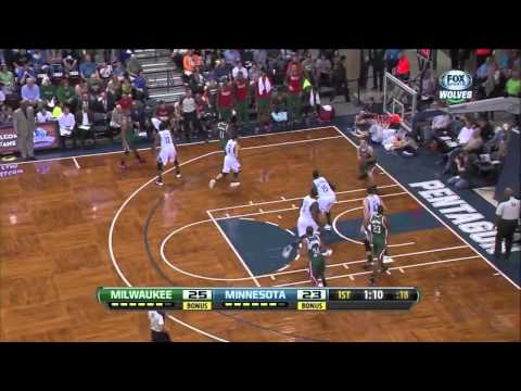 Olek Czyz Highlights - Milwaukee Bucks vs Minnesota Timberwolves [NBA Preseason 2013 - HD]