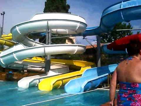Giro piscina partenza per gli scivoli youtube - Piscine con scivoli ...