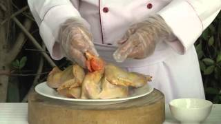 (VTC14)_Luộc gà không cần nước mà vẫn thơm ngon ngọt thịt