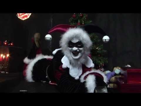 Harley Quinn Presents: Santa Baby