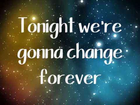 Kelly Clarkson- People Like Us Lyrics