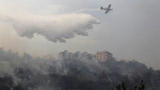لبنان يستعين بطائرات من دول الجوار لإخماد