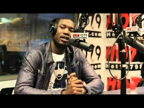 Meek Mill comes to The Qdeezy Show and Talks about EVERYTHING (CHRIS BROWN,RIHANNA, AND MUCH MORE)