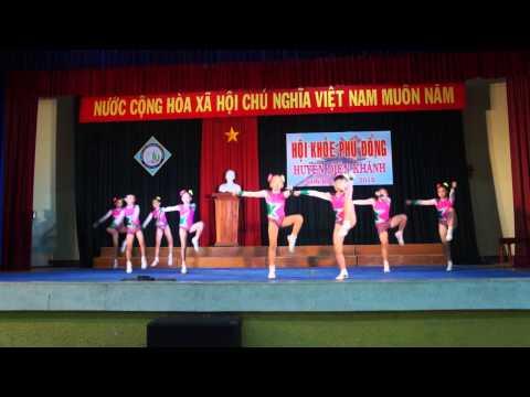Bài thi aeroric của trường tiểu học thị trấn 1 Diên Khánh tại hội khỏe phù đổng năm học 2014-2015