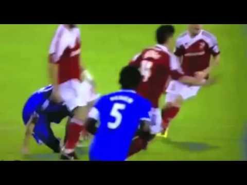 Marco van Ginkel knee injury Swindon Town Chelsea League Cup