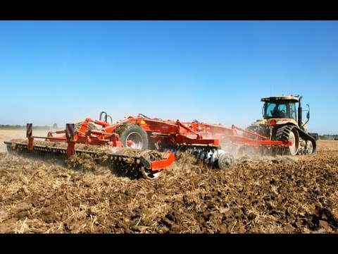 CAT Challenger MT 765C+ 7 Meter Kuhn Discover XL 60 - Veerman Goudswaard