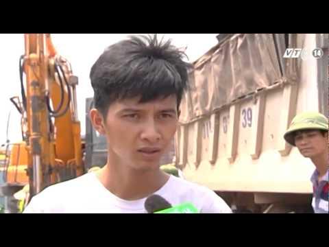 VTC14_Hà Nội: Lật xe Container, đường trên cao ùn tắc