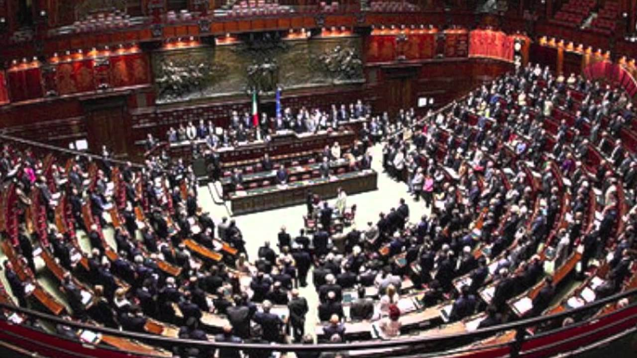 bestemmia al parlamento italiano youtube
