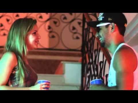 Bonde da Stronda - Na Atividade part MC Guime (Videoclipe Oficial)