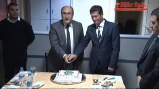 Manisa Valisi ve Manisa Emniyet Müdürü Yılbaşını Pasta Keserek Kutladı