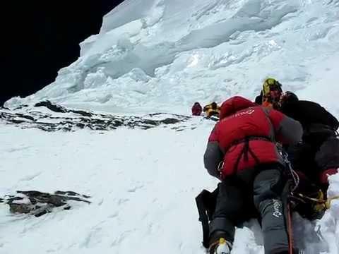 K2 Bodies K2 Bottleneck 8350 meters Mountain Leader - YouTube