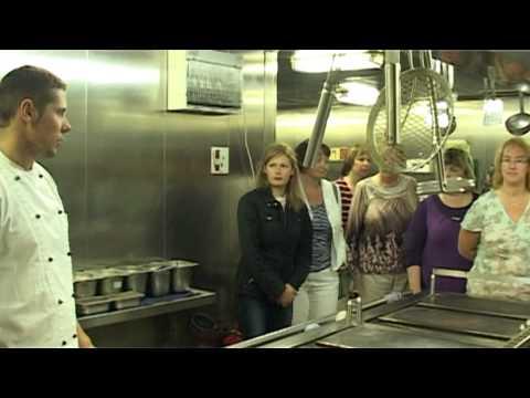 Смотреть видео Обучение будущих коков
