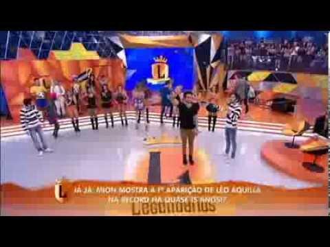 legendarios Léo Rodriguez agita o Lengendários com o sucesso Vai no Cavalinho 11 01 2014 mircmirc