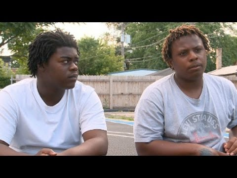 Teen gang members on surging Chicago violence