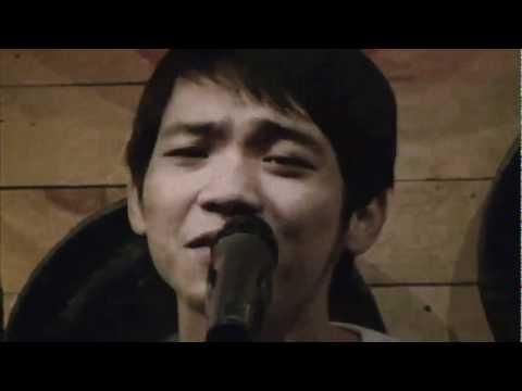 Cát bụi , Quốc Việt hát bắt chước giọng của nhiều ca sĩ nổi tiếng.flv