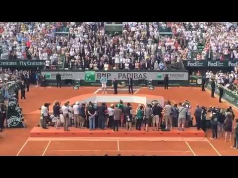 Standing ovation for Djokovic in Roland Garros 2014 final