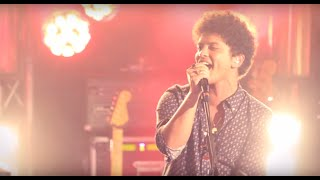 Bruno Mars Locked Out Of Heaven [Live In Paris]