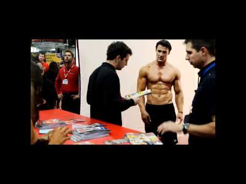 Greg Plitt - 2011 Arnold Expo