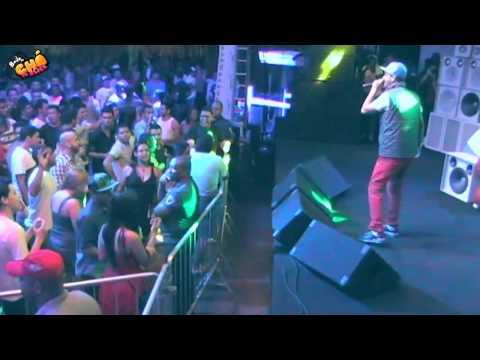 MC Créu - Cadê O Isqueiro?! / Erva Venenosa (Ao Vivo) @ Baile do Chá da Alice - Pheeno TV