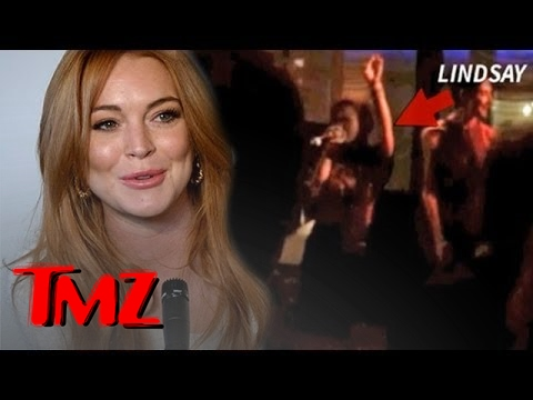 Lindsay Lohan On the Edge of Incredible -- She CRUSHES Stevie Nicks Live