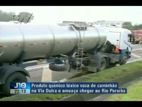 ACIDENTE COM CAMINHÃO DE PRODUTOS PERIGOSOS