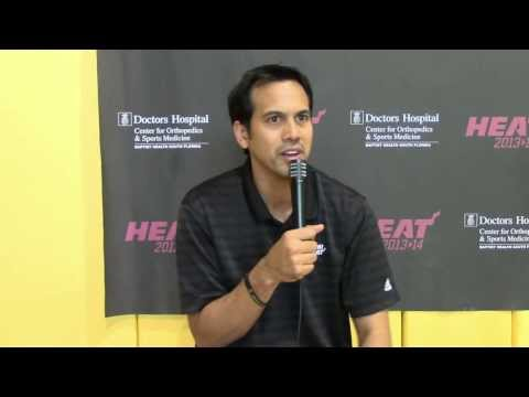 Heat-Coach Erik Spoelstra im Splitscreen-Interview | Miami Heat | NBA