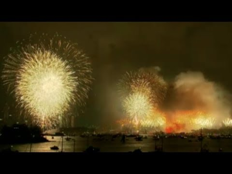 Watch Sydney New Year firework display in full
