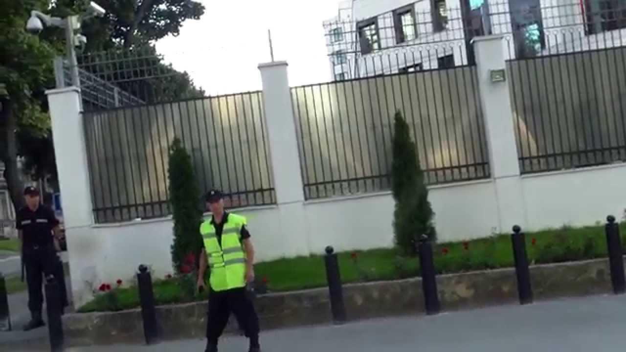 Protest de o oră la ambasada Rusiei contra războiului din Ucraina