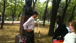 Coloana moldoveniştilor rusofoni stîrneşte polemici la microfonul liber