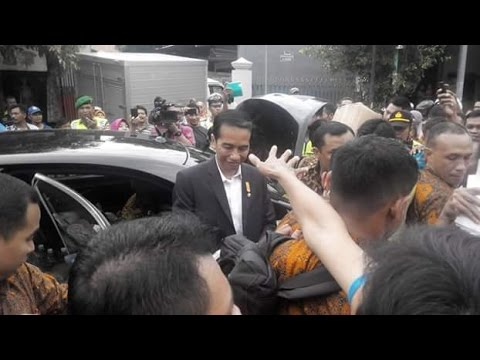 Baru terima cucu tetap Jokowi Blusukan 2016 di perbatasan Sragen dan Karangannyar