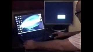 Conectar a un portátil monitor externo