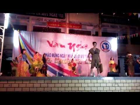 biểu diễn thời trang bảo vệ môi trường lớp 7a4 thcs phan chu trinh