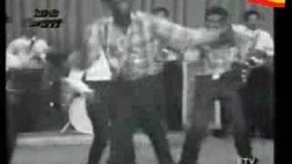 Ethiopian Twister Old School Dance - የኢትዮጵያ ትዊስተር የድሮ ዳንስ