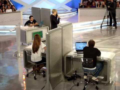 TV Xuxa - Os casais Tiago Martins e Fernanda Paes Leme contra Debora Secco e Roger