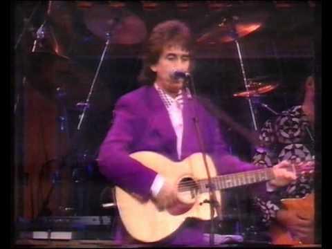 George Harrison Live In Madison Square Garden 1992 Pt 1