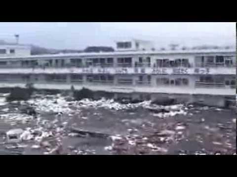 Phát hiện bóng ma trong clip sóng thần ở Nhật vừa được công bố