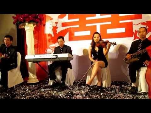 Ban nhạc Flamenco Tumbadora Biểu diễn hòa tấu tiệc cưới tại Caravelle Hotel