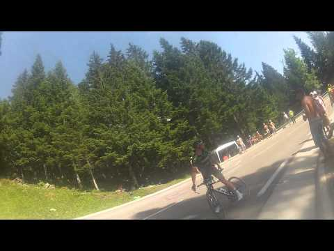 Thomas Voeckler stops mid race and abuses Dutch fans after being booed in Le Tour De France 2014