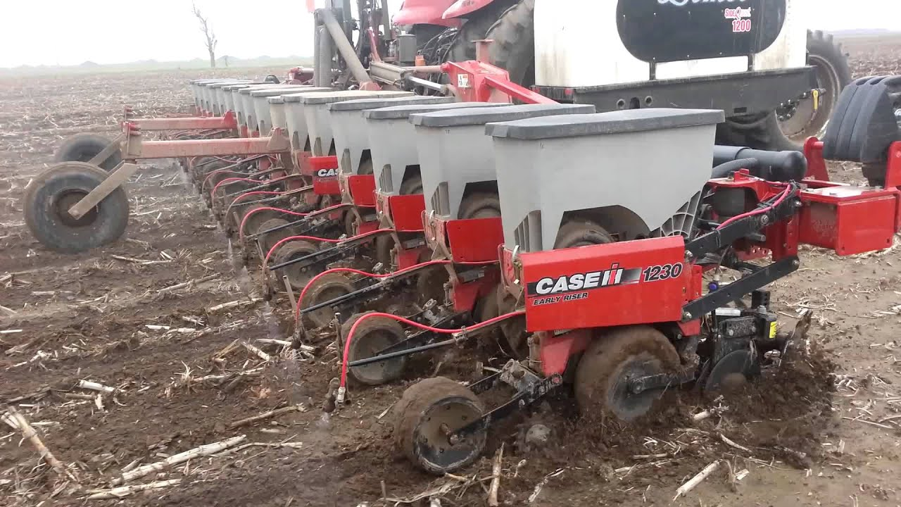 1230 Case Tractor : Case ih planter youtube