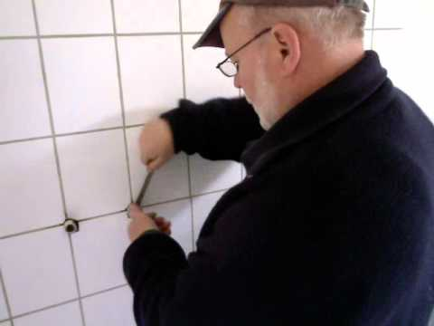 wasserhahn anbauen anleitung montage armatur youtube. Black Bedroom Furniture Sets. Home Design Ideas