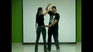Aprende a bailar salsa. El helicóptero