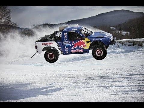 Course de 4×4 sur la neige