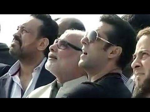 Salman Khan meets Narendra Modi in Ahmedabad