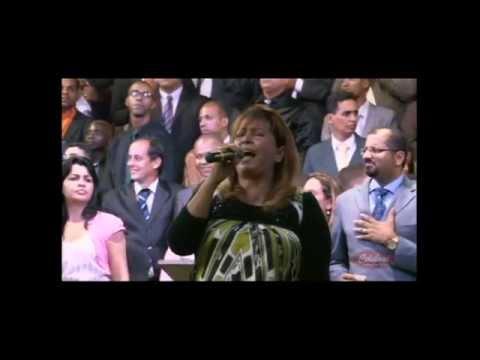 Shirley Carvalhaes l Esse Adorador l 17º Vigilhão da Celebrai (2013)