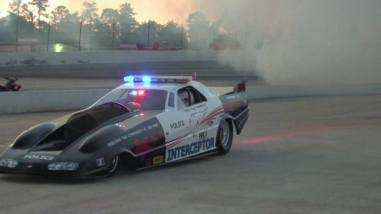 6 000 hp jet car fires up with raw sound youtube for Jet cars review