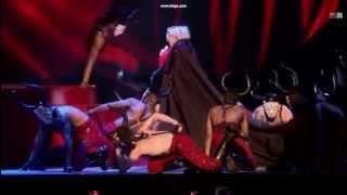 Madonna y la capa - fallingforlove