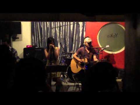 VÕ TRỌNG PHÚC'S BAND - rolling in the deep (Yoko bar).MP4
